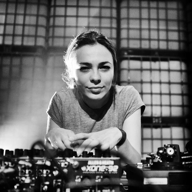 Nina Kraviz – The Remixes [REKIDS010CDX]